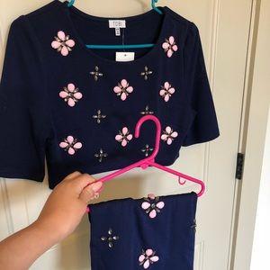 Tobi navy blue flower set